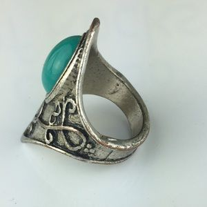 Jewelry - FREE Southwestern Silver Toned Faux Turquoise Ring